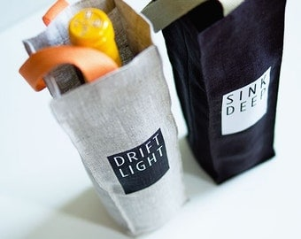 Linen Wine Bottle Tote Bag, Set of 2 in Black and Grey
