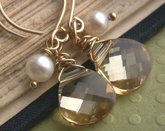 Gold earrings, crystal earrings, bridesmaid gift, Swarovski champagne crystal, bridesmaid earrings, wedding jewelry, freshwater pearls, gold
