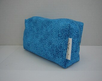 Box Zippered Pouch with Cozy-small-Tiny Flowers on Turquoise (Zip 80-D)