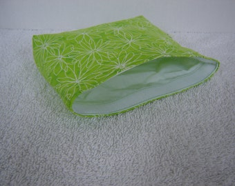 Eco Bag-Medium-White Daisy's on Green (Eco 32-M)