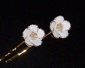 Gold Floral Bobby Pins