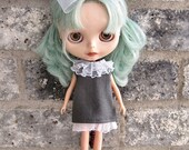 dolly molly LINEN and LACE ruffle aline gray dress bow for BLYTHE doll