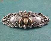 Victorian bee barrette silver brass antique style silver floral nature hair accessory vintage style whimsical