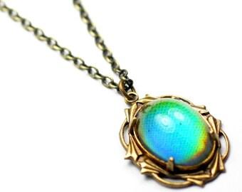 Mood necklace vintage style retro art nouveau rainbow brass 60s hippie