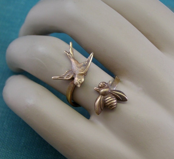 The birds and the bees ring