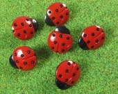 Medium Red Ladybug Novelty Buttons