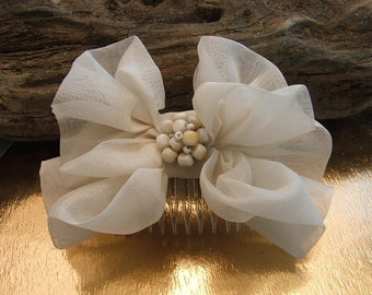 Cream Organza  Double  Bow - Haircomb