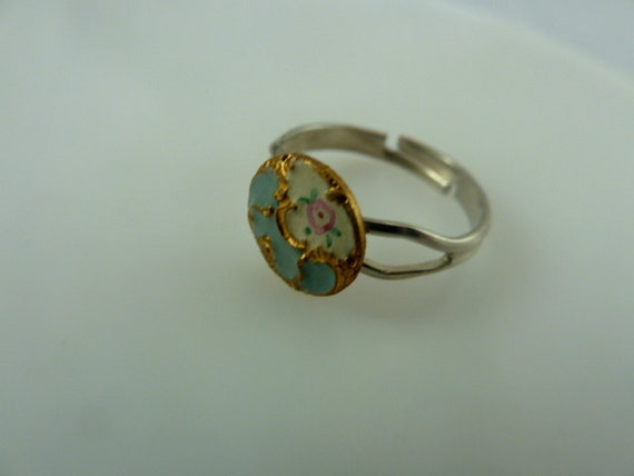 Vintage Enamel  Button Adjustable  Ring Art Nouveau  ( emaux peints)