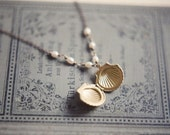 Shell locket necklace with white freshwater pearls - Mermaid's dream. Nautical wedding, bridesmaid gifts