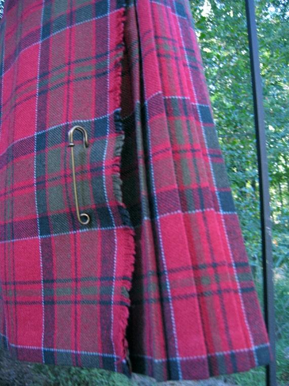 Vintage Plaid Skirt - Size Medium - Head Girl