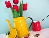 I Am A Little Teapot... Vintage Yellow Japan Enamelware Teapot