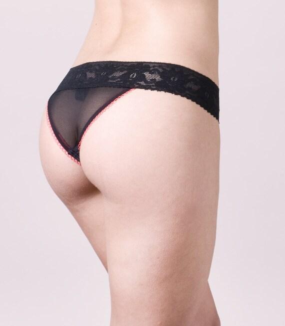 Brief black and transparent with red details  // Regina