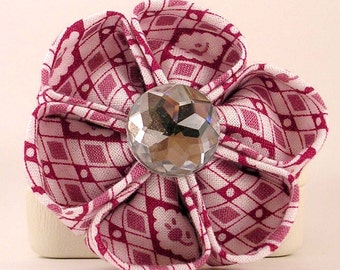 Pink and White Fabric Kanzashi Flower brooch