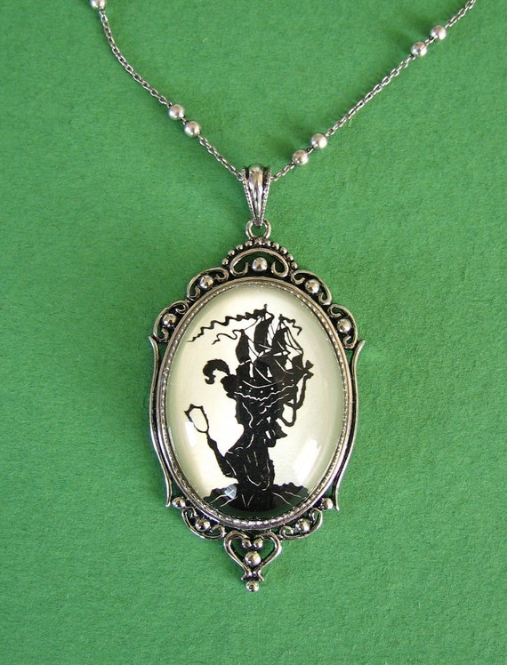 Sale 20% Off // MARIE ANTOINETTE Necklace, pendant on chain - Silhouette Jewelry // Coupon Code SALE20
