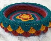 Julius' Hand Crocheted Cat Bed (no.1221)