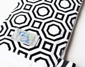 Mod Geometry Burp Cloth in Black and White