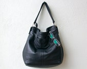 BOHO PETITE with two outside pockets - small leather hobo - choice of leather color