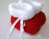 Pattern for Knitted Christmas Baby Booties with Furry Trim