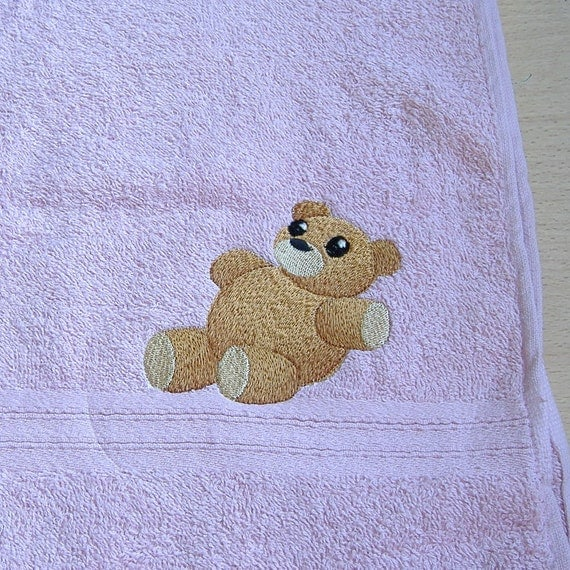 how to make a bear from a hand towel