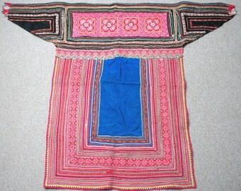Textiles -  Hmong fabric / Hmong costume/ Miao fabric / Hmong embroidery panels - 602
