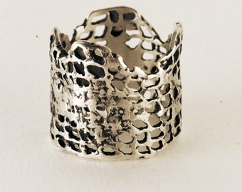 Crown Lace Ring, size 5.75