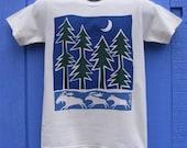 Running Moose and Pines Organic Short Sleeve Unisex Tee