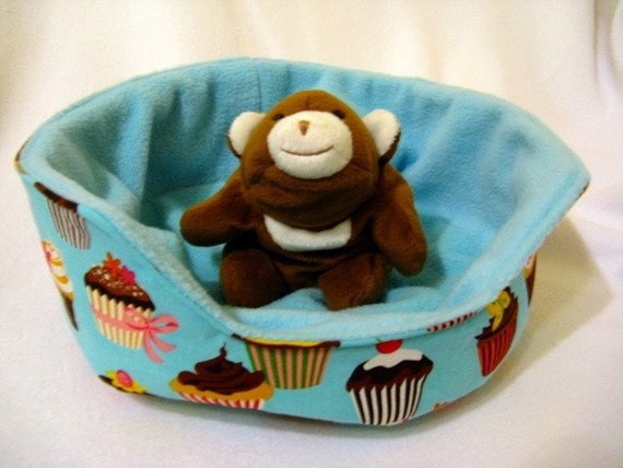 small animal pocket pet cuddle cup bed sofa cupcakes