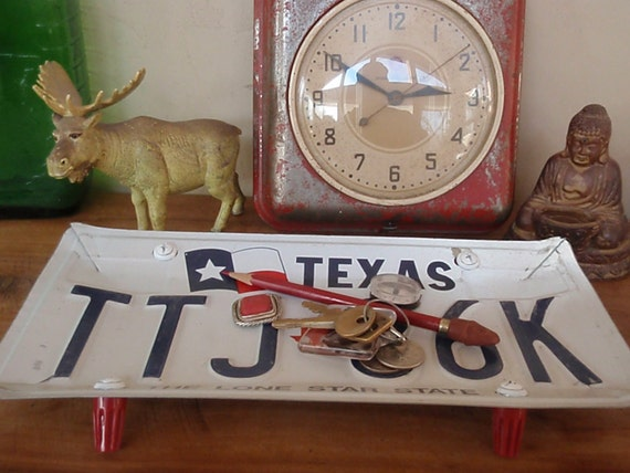 Vintage Texas License Plate Tray - Repurposed and Upcycled - Lone Star