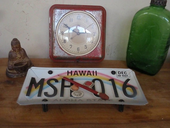 Vintage Hawaii License Plate Tray - Repurposed and Upcycled and Reclaimed - Aloha