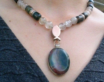 Silver Gold Necklace, Green Stone Necklace, Bloodstone Necklace, Silver Bloodstone, Rose Gold Pendant,Beaded Necklace, Silver Bloodstone