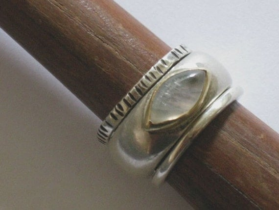 Moonstone Ring, Moon Stacking Rings, Moon Ring, Silver Gold Moonstone, Rainbow Moonstone Jewelry, Sterling Moonstone, June Stone, Gold Bezel
