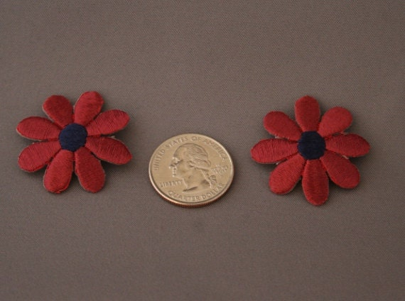 Chestnut red daisy Iron on - Set of 5