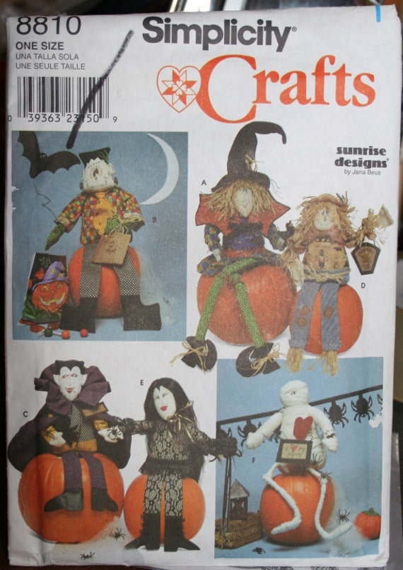 Simplicity Halloween Crafts - Pattern   8810