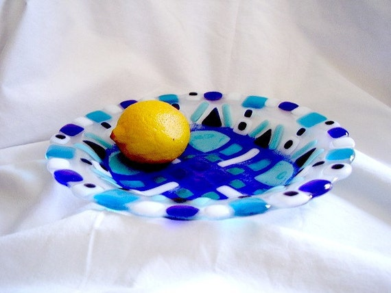 Four Winds Fused glass bowl in Blue