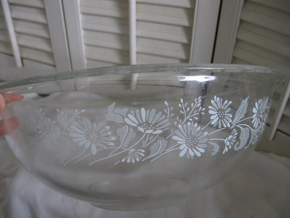 Corning Pyrex Colonial Mist Clear White Lace Mixing Bowl