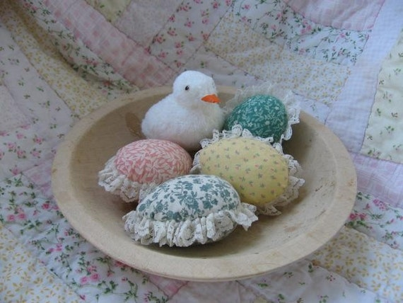 Holiday Sale NOW Cottage Easter Eggs