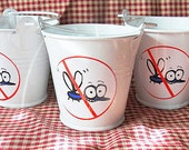BUCKETS  of Citronella MOSQUITO Repelling CANDLES--Simply Spicey-----Three----(3)