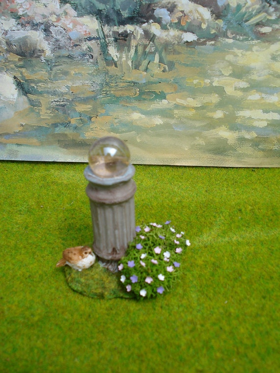 "1"" Scale Dollhouse Gazing Globe On Grass & Flower Base"