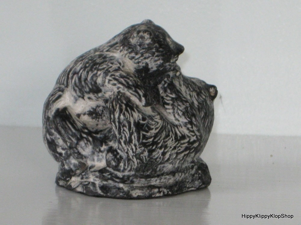 Vintage canada soapstone the wolf by hippyklippyklopshop