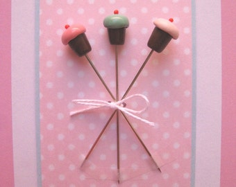 Shabby Chic Mini Cupcake Trio Pin Topper Set