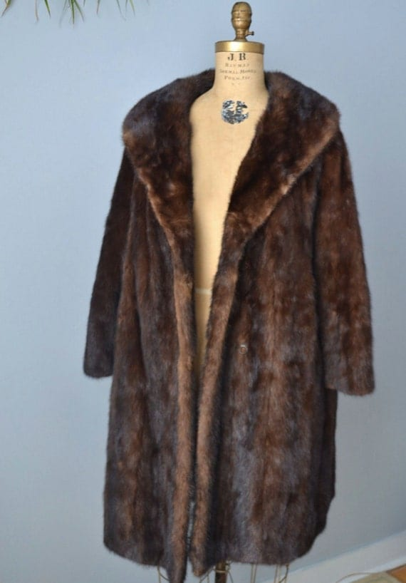 RESERVED....vintage mahogany mink fur coat jacket M-L