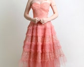 1950s Prom Dress - Vintage Coral Tulle Strapless Gown - Small