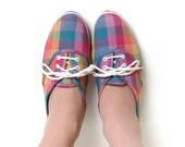 Rainbow Plaid Shoes - Vintage 1980s Tennis Shoes - Size US 9