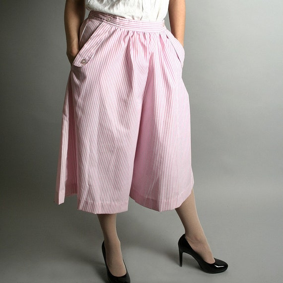 Adorable Vintage Pink and White Pin Striped Wide Leg Pants