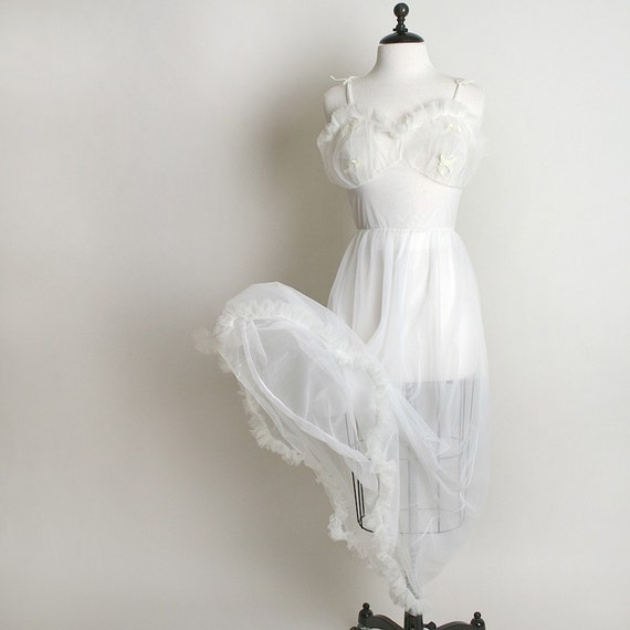 White Vintage Nightgown Slip Maxi Pure White with Ruffles and Bows Small
