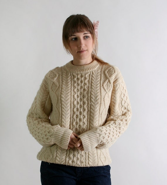 Vintage Wool Sweater - Cable Knit Chunky Boyfriend Sweater - Medium to Large