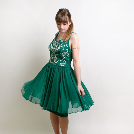 1960s Cocktail Dress - Beaded and Sequin 1960s Emerald Green Dress - Large