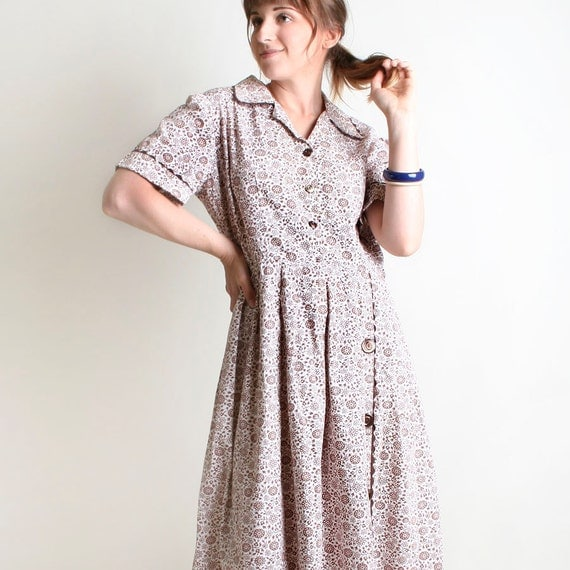 1950s Floral Day Dress - Vintage Chocolate Brown and White Flower Shirtdress - XL Large