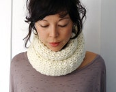 Soft and Creamy Infinity Cowl