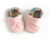 SALE Baby Booties Pink and Paisley